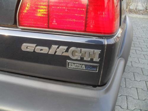 vw-golf-2-gti-blue-edition-3